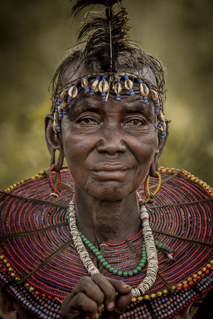 Old tribes woman – kenia