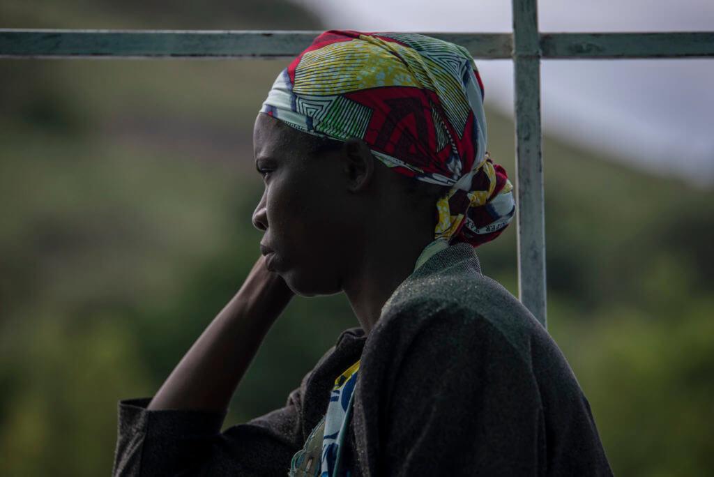 Stairing lady – Malawi
