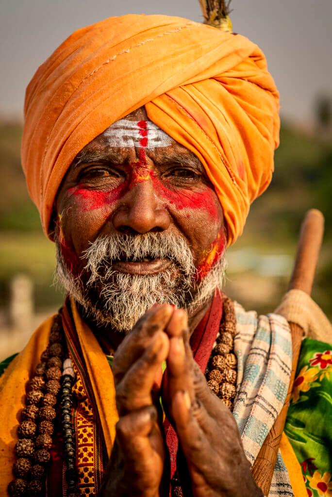 Praying man -Indië