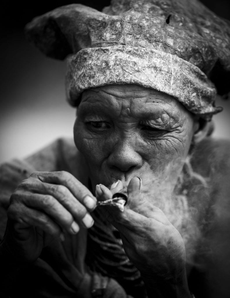 The smoking San – Namibia